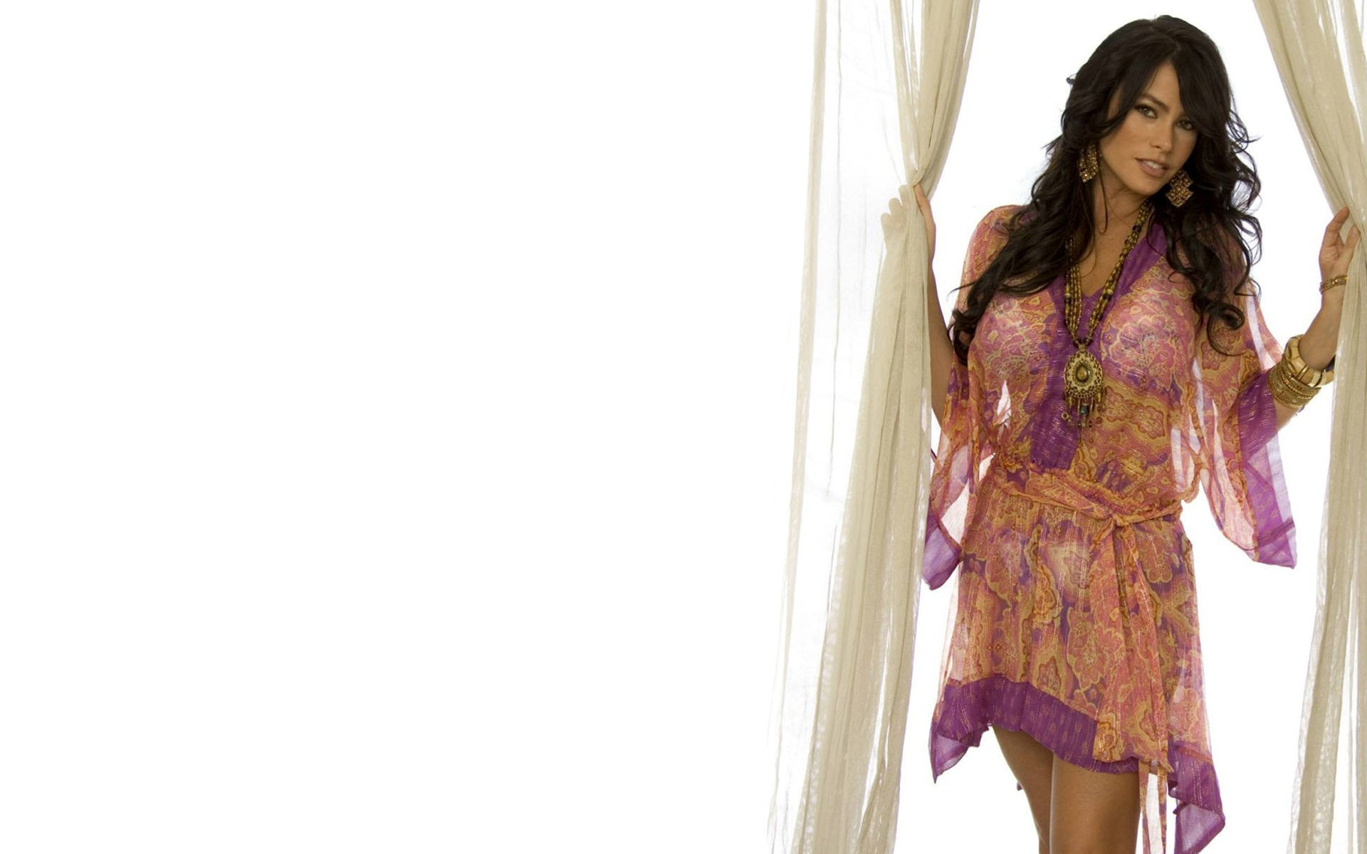 on August 8 2015 By Stephen Comments Off on Sofia Vergara Wallpapers 1920x1200