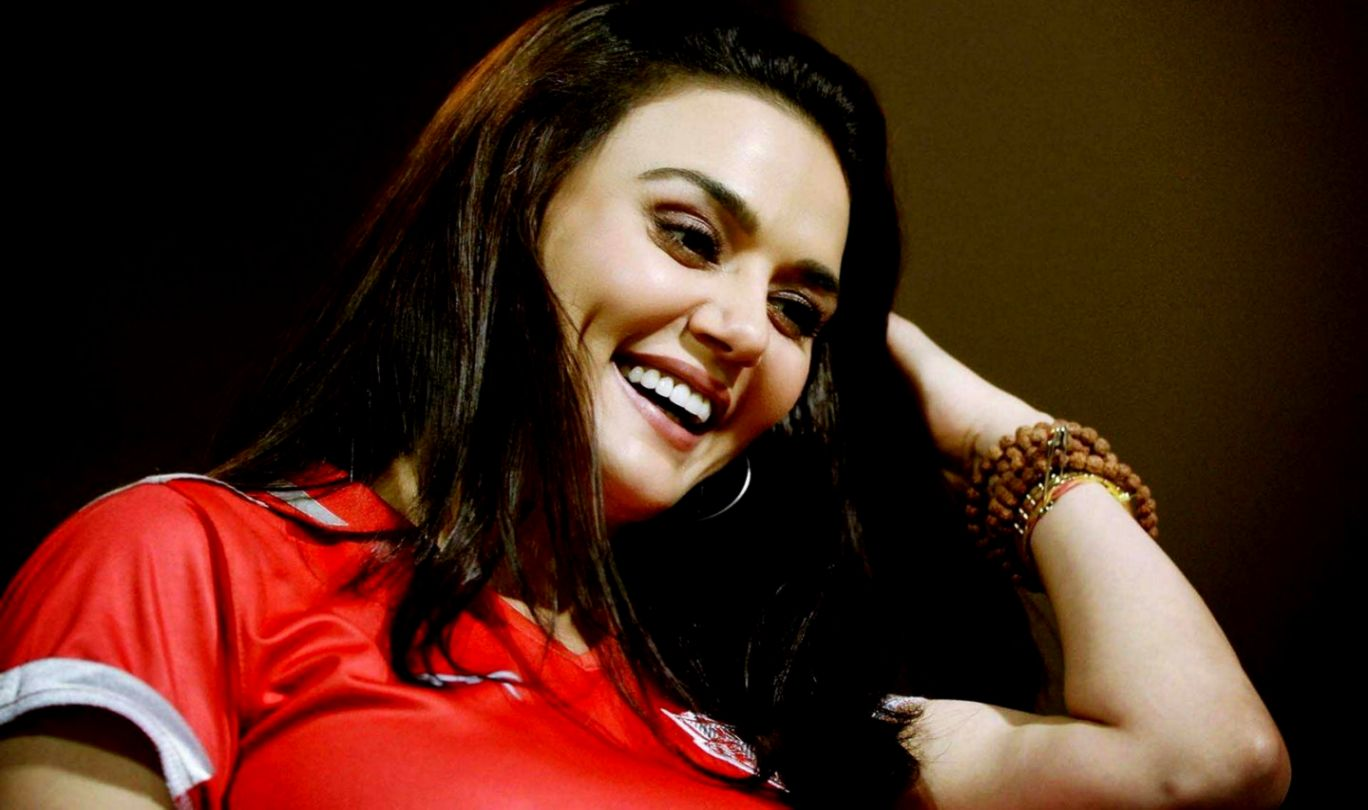 Preity Zinta Hd Wallpaper Info Wallpapers 1368x810