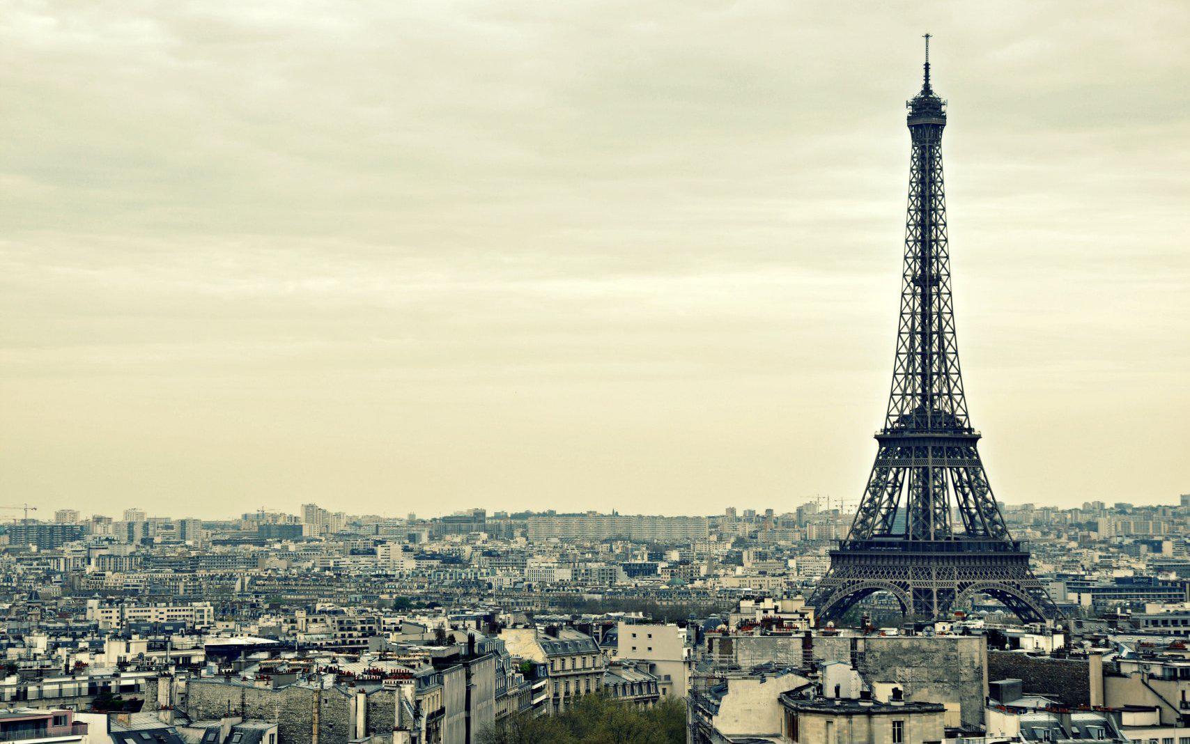 Cute Eiffel Tower Wallpaper: Eiffel Tower Wallpaper