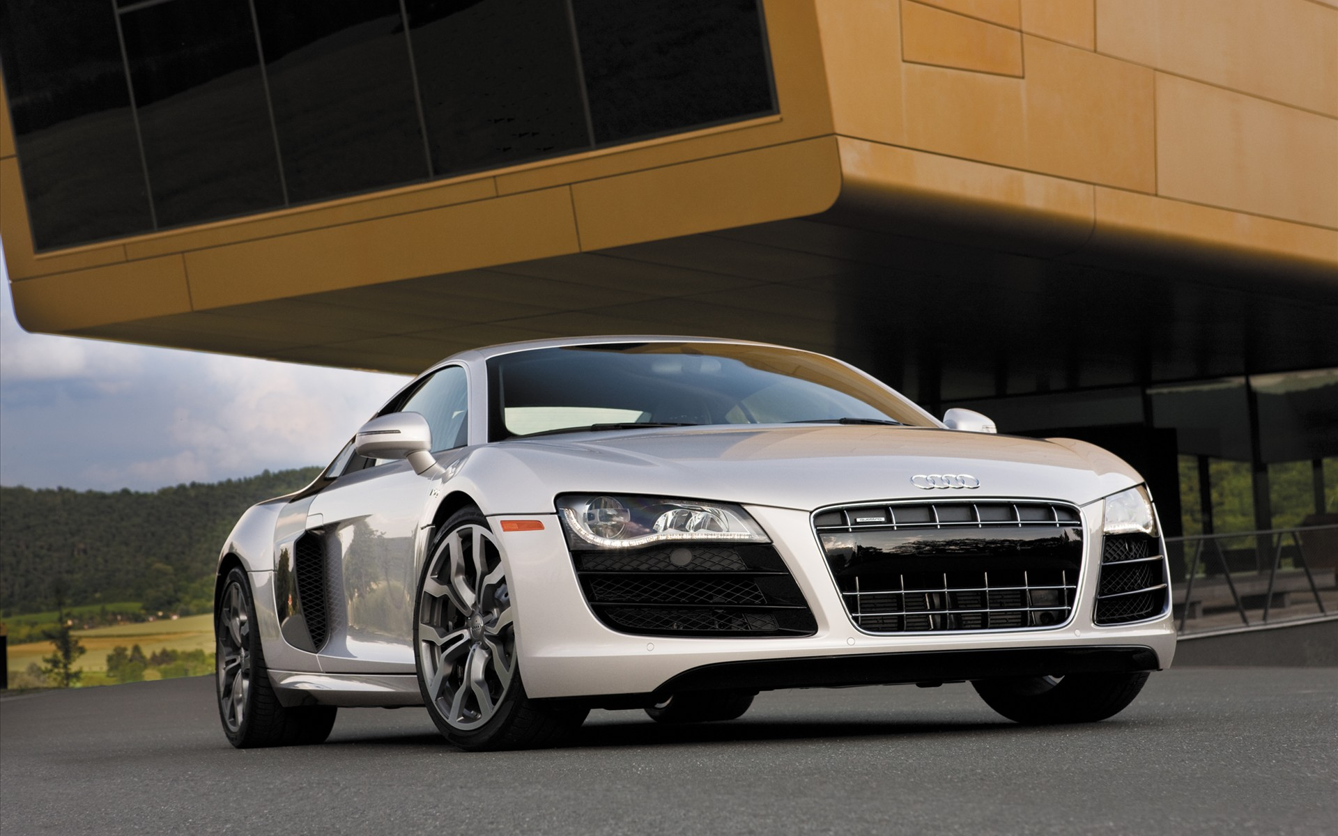 2010 Audi R8 V10 2 Wallpapers HD Wallpapers 1920x1200