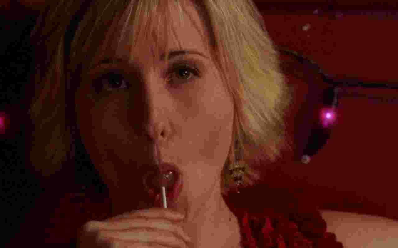 Allison Mack 042 wallpaper   Allison Mack   Celebrities Girls 1280x800