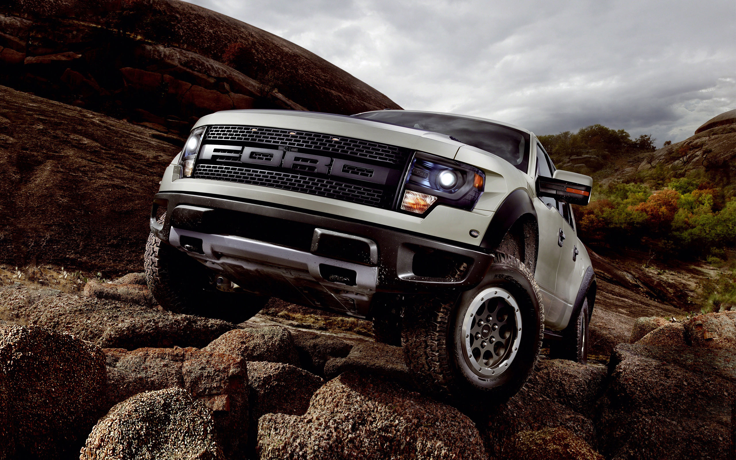 Ford F 150 SVT Raptor 2013 Wallpaper HD Car Wallpapers 2560x1600