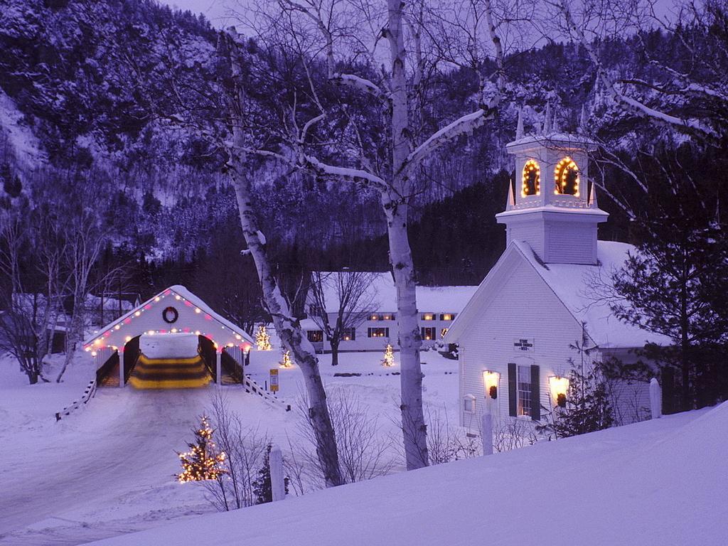 Christmas Scene   Christmas Wallpaper 2736037 1024x768