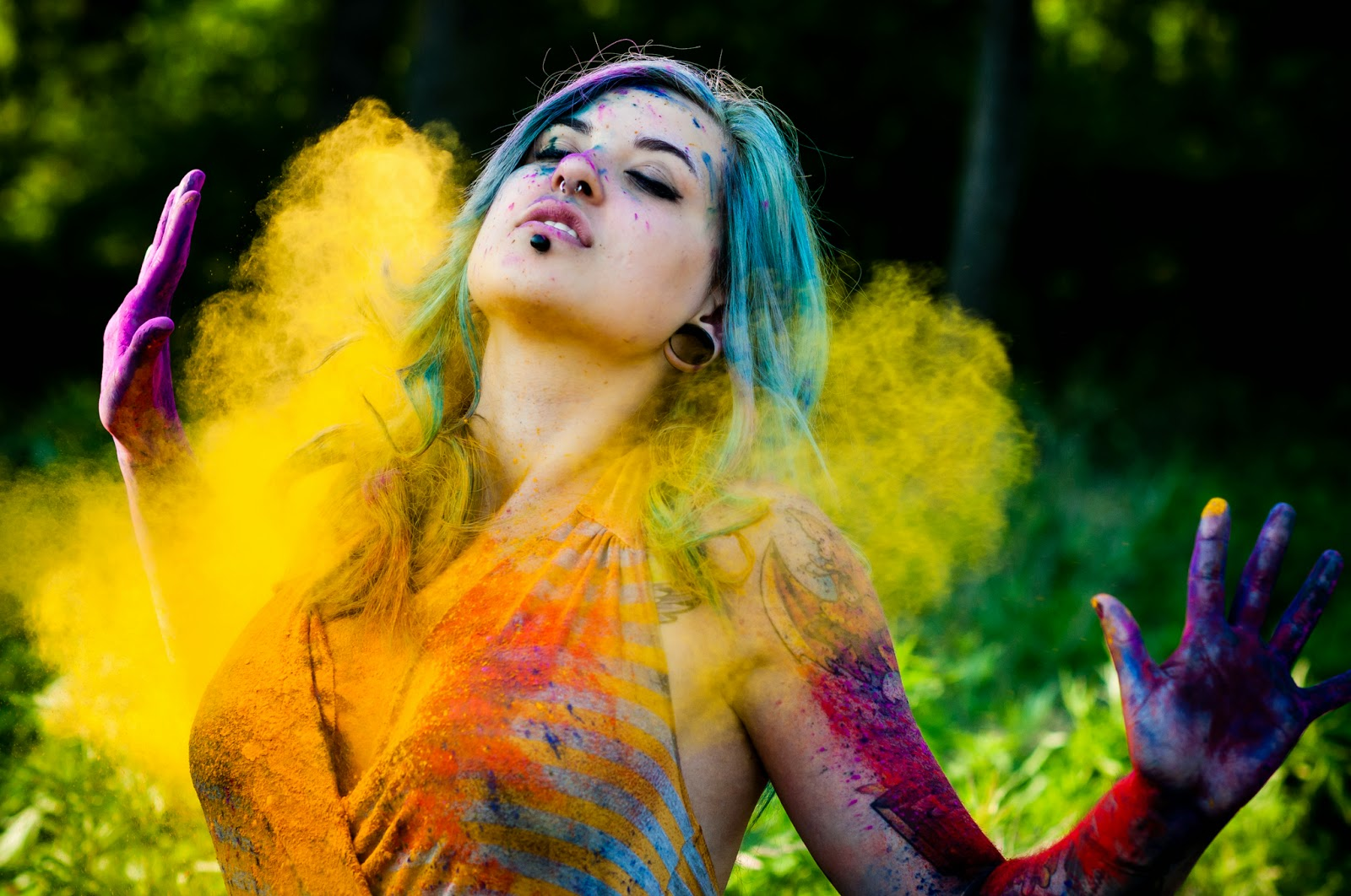 Happy Holi Indian Festival Girl Painted HD Wallpaper 1600x1062