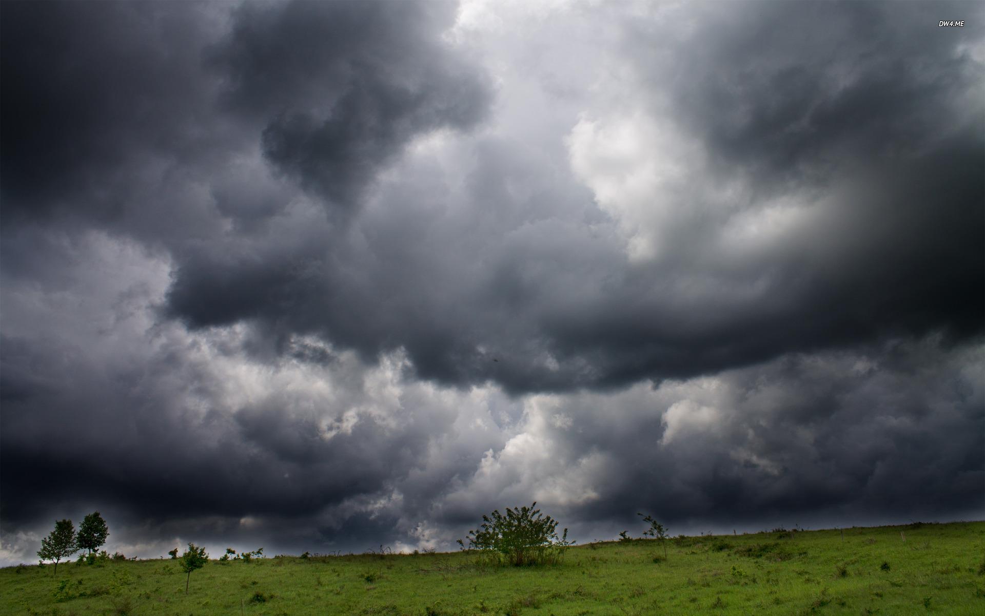 Storm Clouds Wallpapers: Storm Clouds Wallpaper
