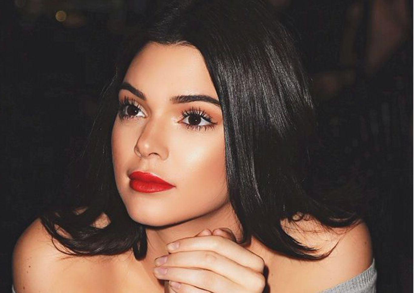 Download Kendall Jenner Iphone Wallpaper 30   Wallpaper 1366x968