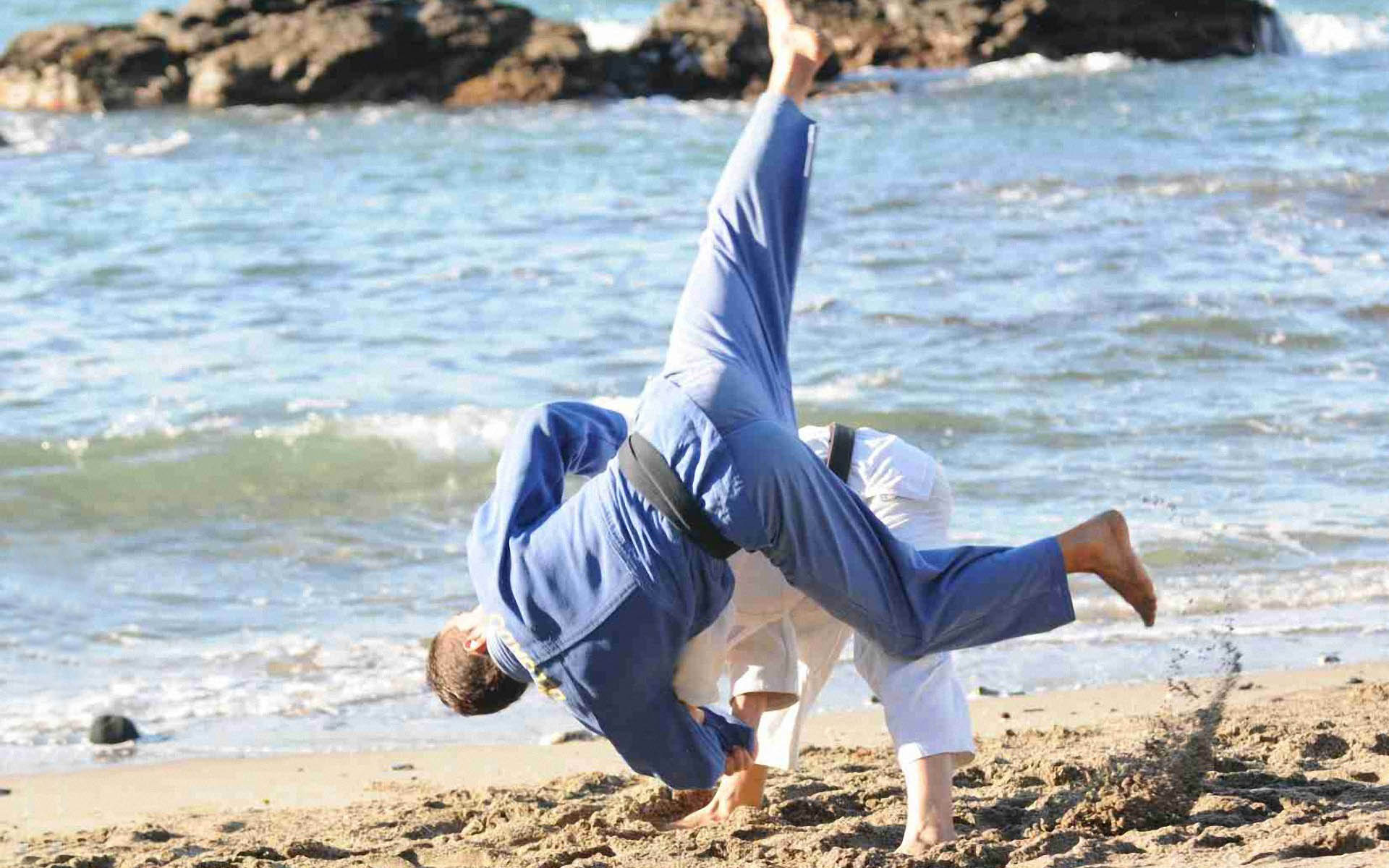 Judo beach 1920x1200 Wallpapers 1920x1200 Wallpapers Pictures 1920x1200