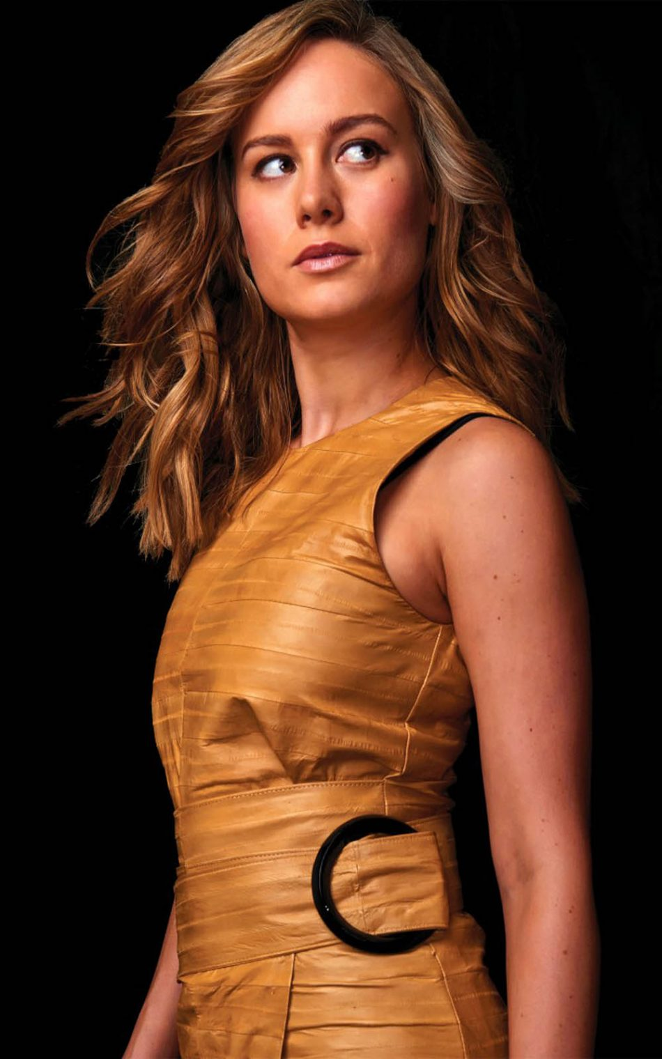 Download Brie Larson Pure 4K Ultra HD Mobile Wallpaper 950x1520