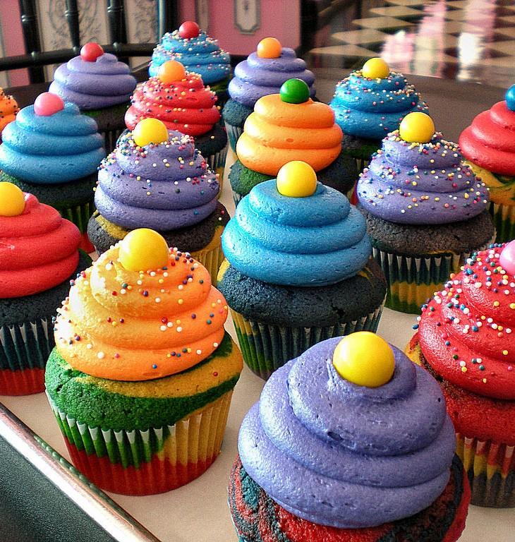 birthday cupcake wallpaper wallpapersafari