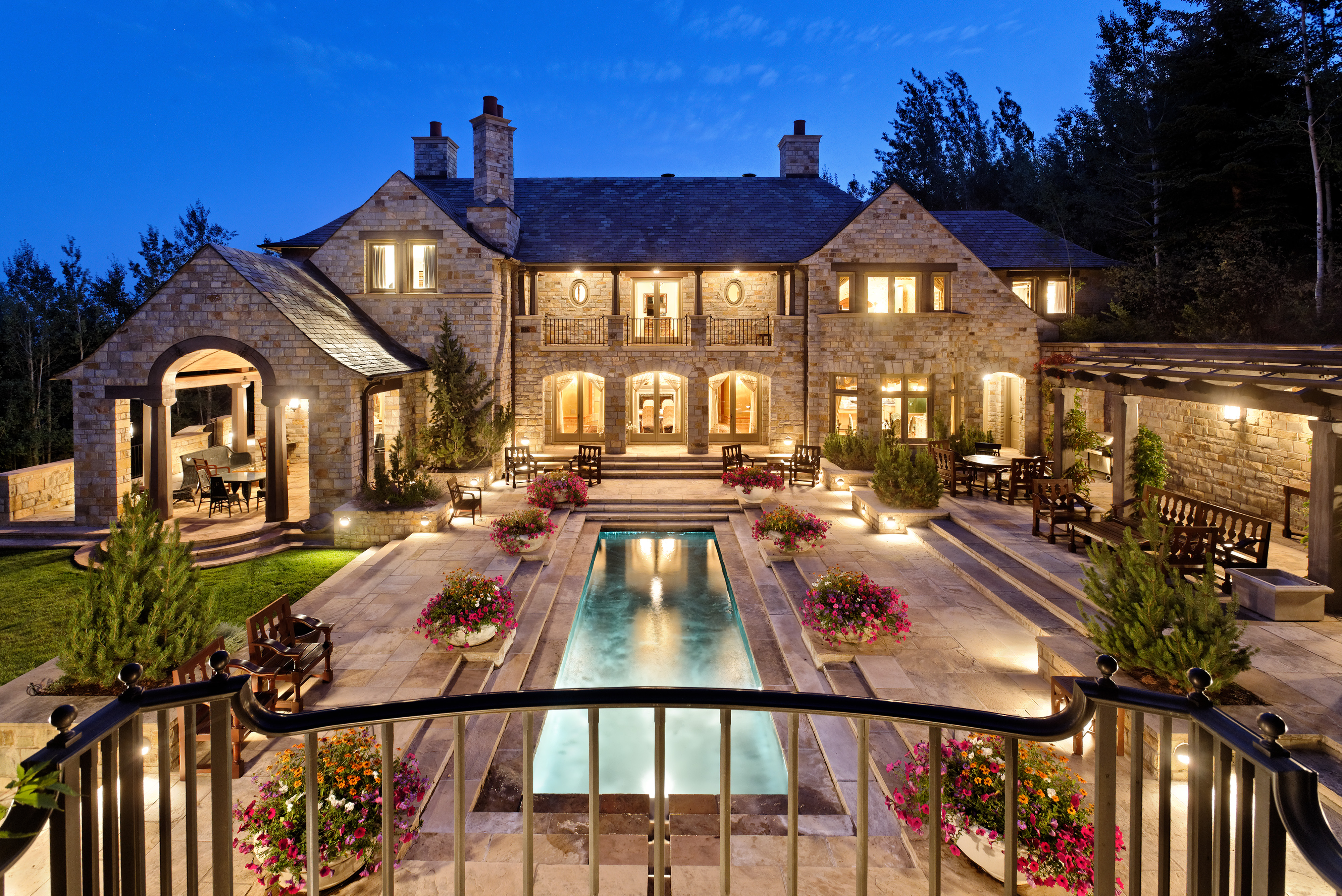 Download Luxury House Wallpapers HD Full HD Pictures [4000x2673 4000x2673