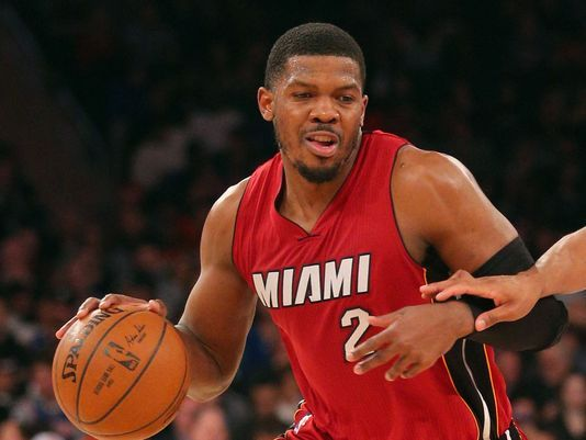 Joe Johnson starts helps Heat drub Knicks in debut 534x401