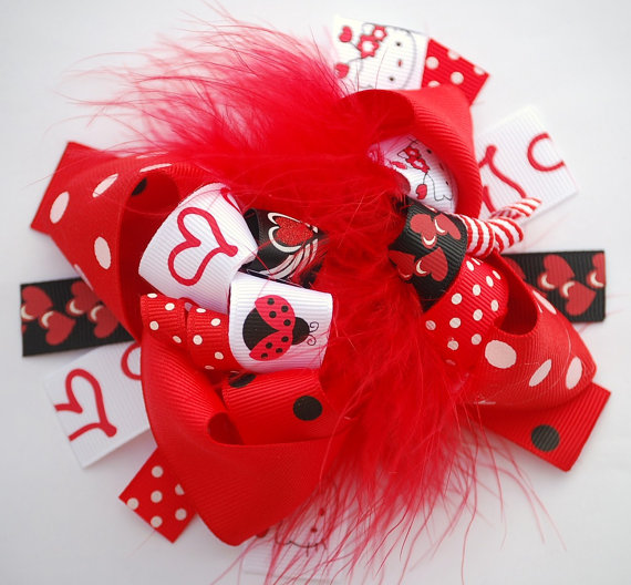 httpkootationcomhow to paint hello kitty valentines day nhtml 570x528