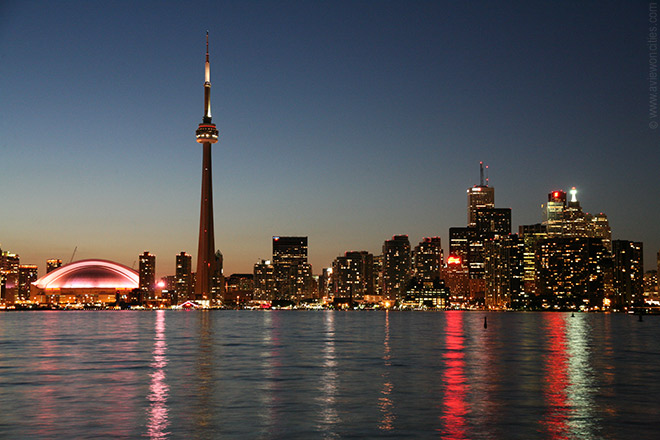 Toronto Skyline at night Toronto Pictures Wallpapers 660x440