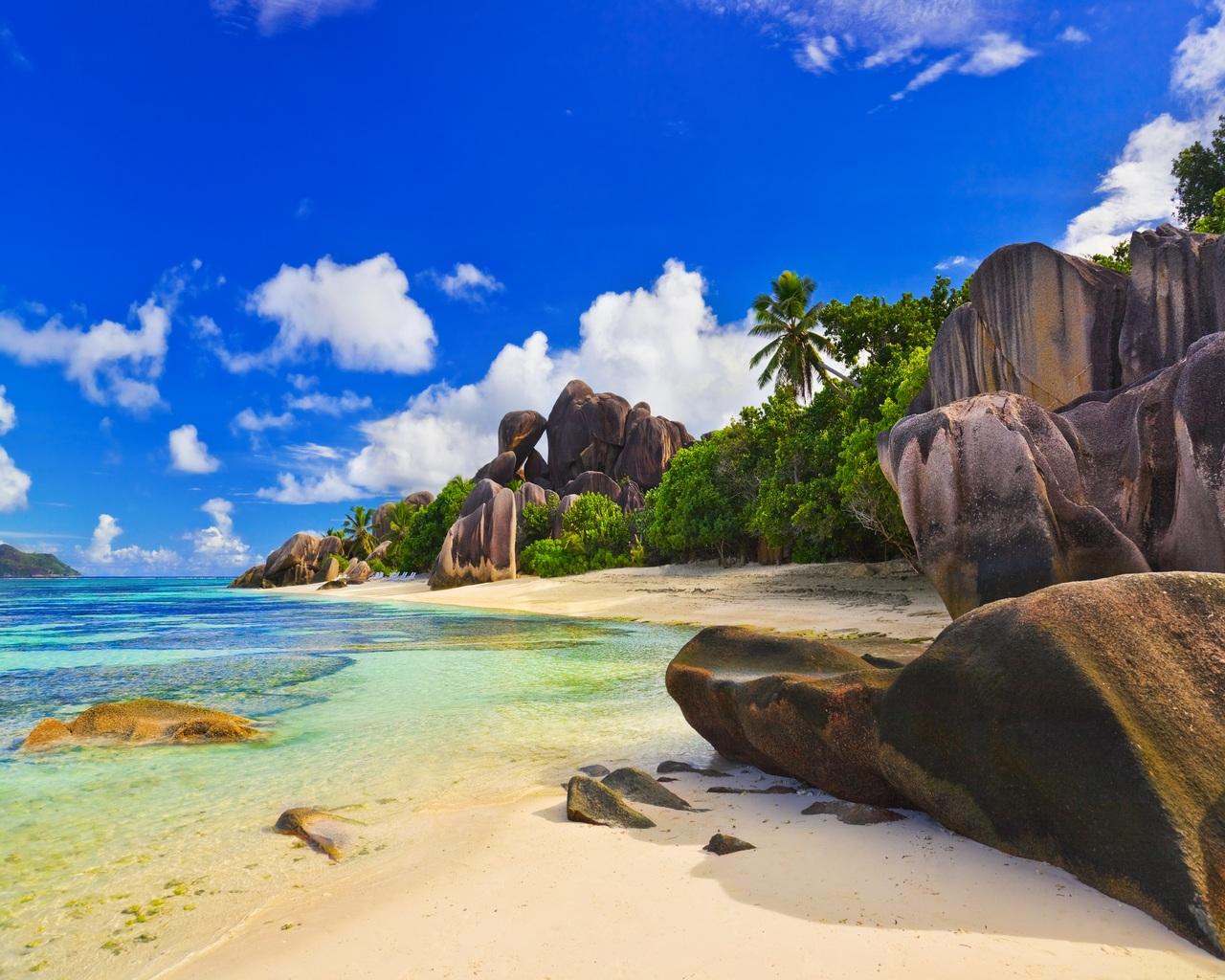 Island Paradise Wallpaper 56519