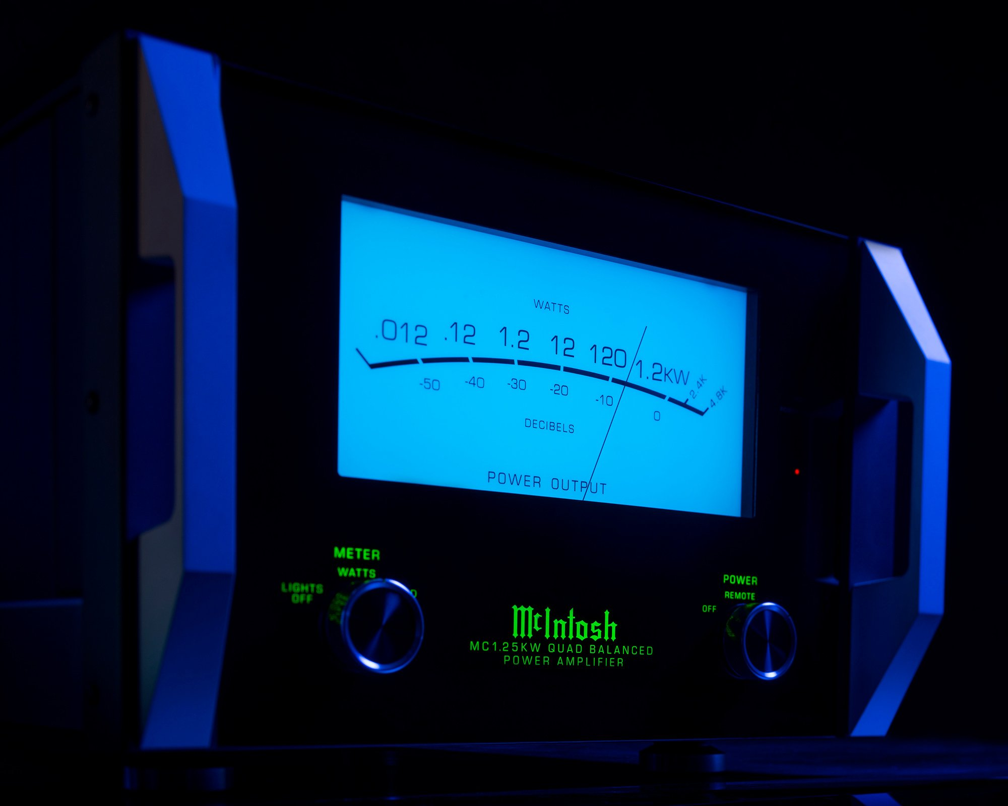 McIntosh Home Audio Equipment for Stereo Home Theater Systems 2000x1600