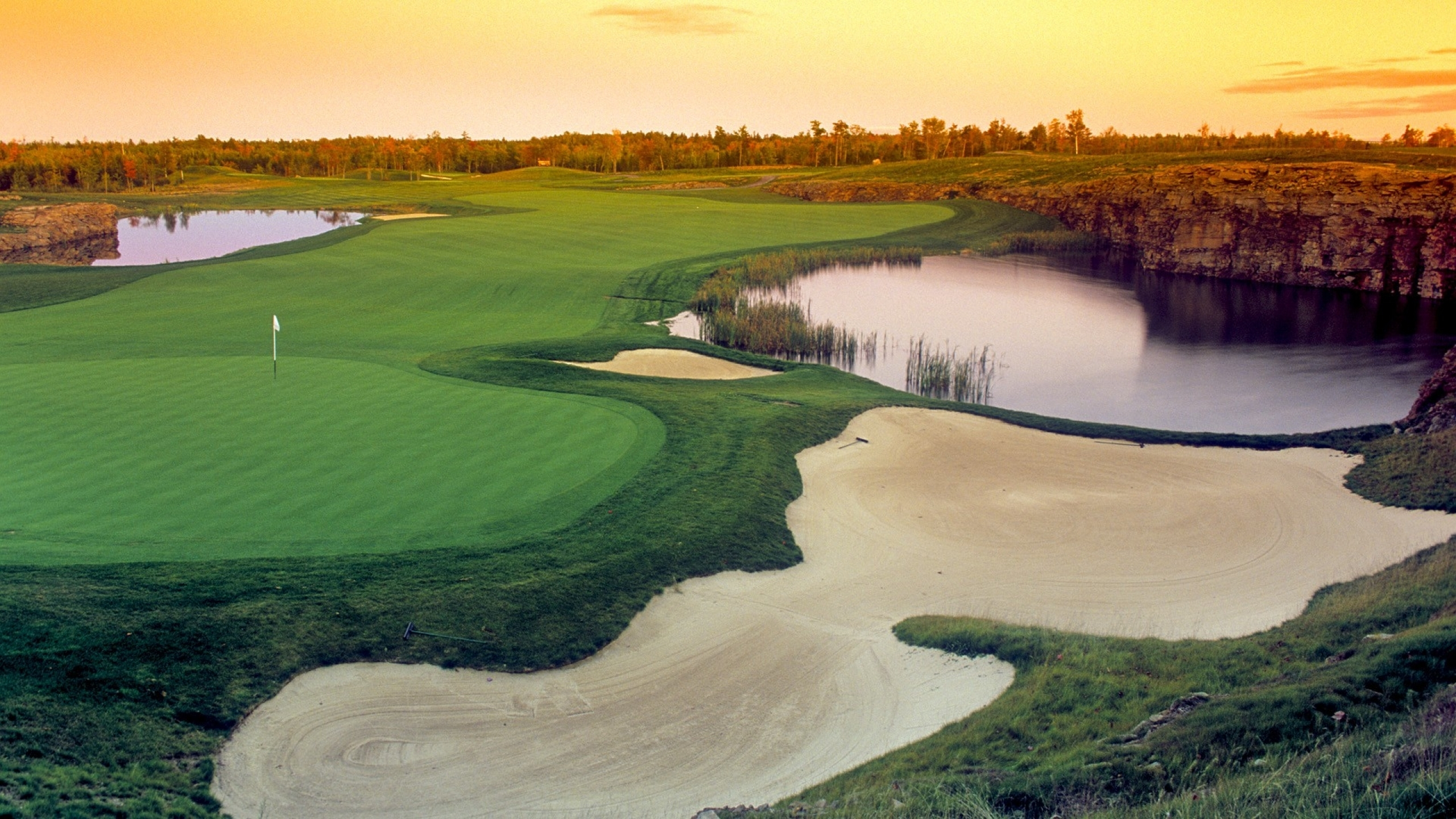 golf lakes golf course 1920x1080 wallpaper Wallpaper 2560x1440