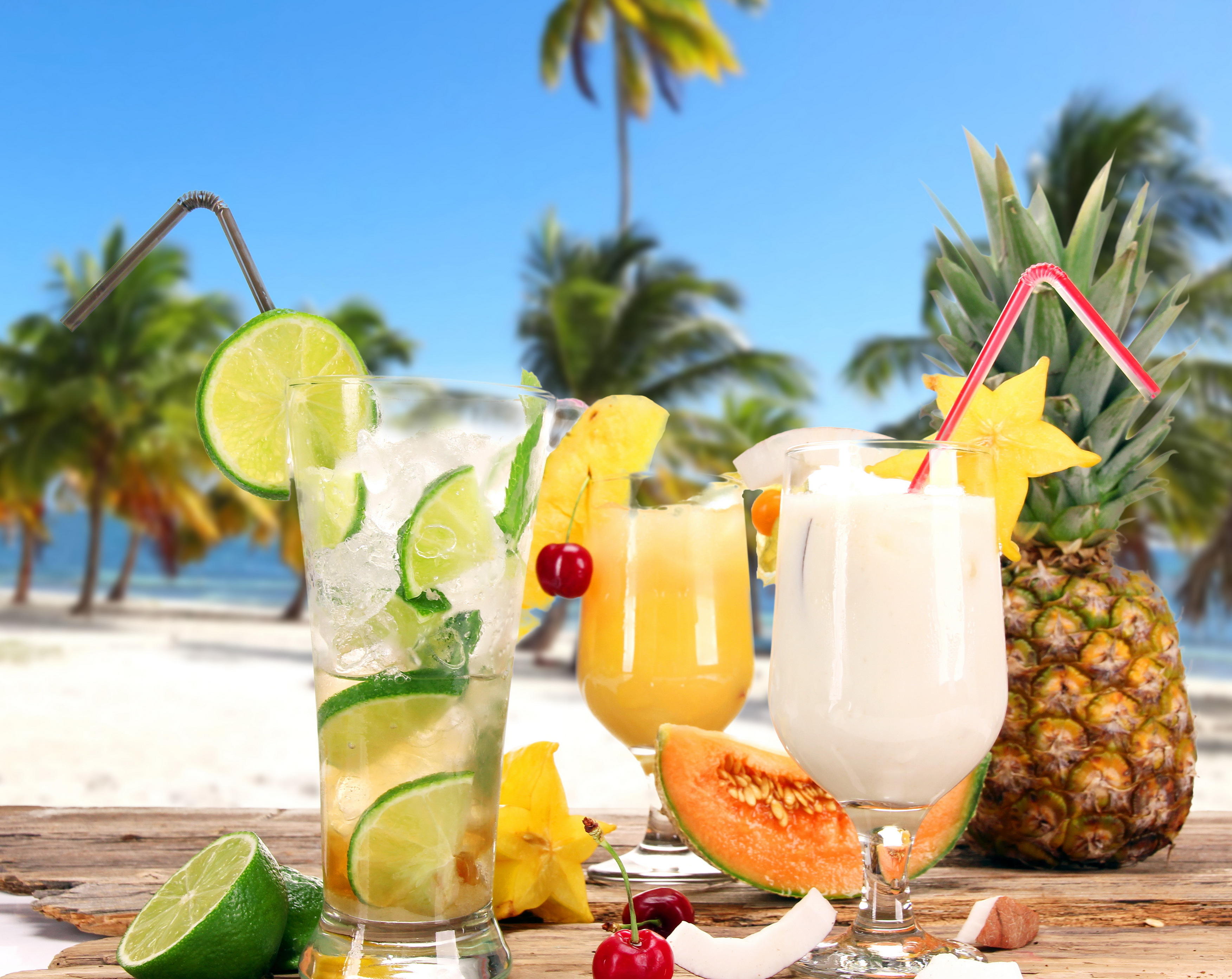 Tropical Drink Wallpaper