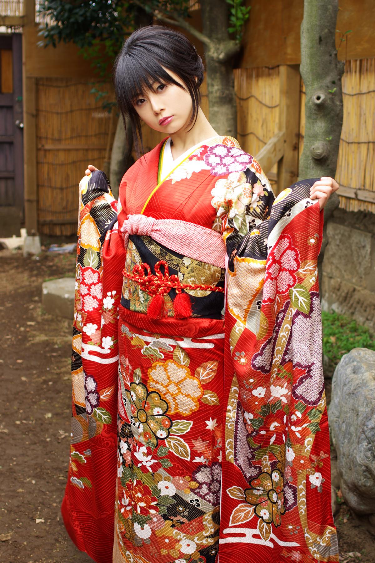 76 Kimono Wallpaper On Wallpapersafari