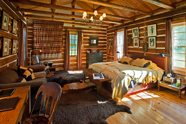 Alkemie Rustic Log Cabin Inspiraiton from Dunton Hot Springs Colorado 600x399