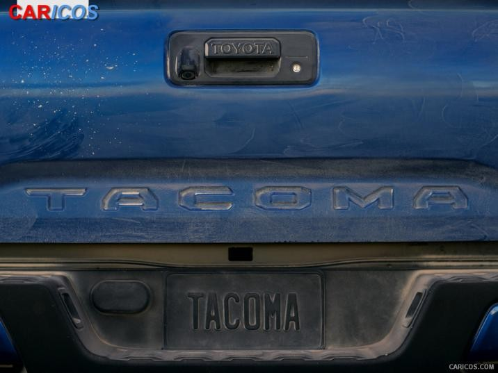 2016 Toyota Tacoma   Detail Wallpaper 22 iPad 1024x768 716x537