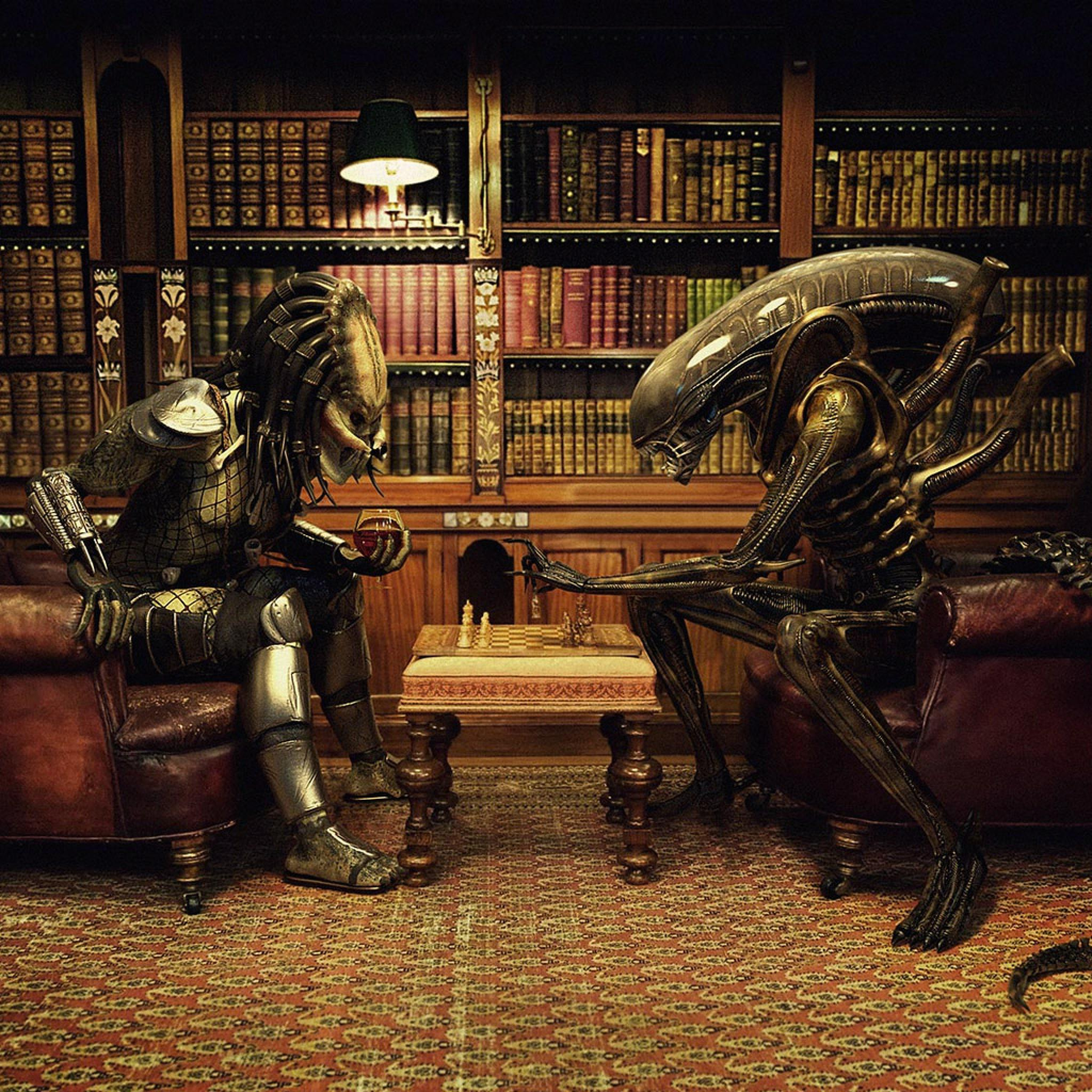 Alien Vs Predator Playing Chess   iPad iPhone HD Wallpaper 2048x2048