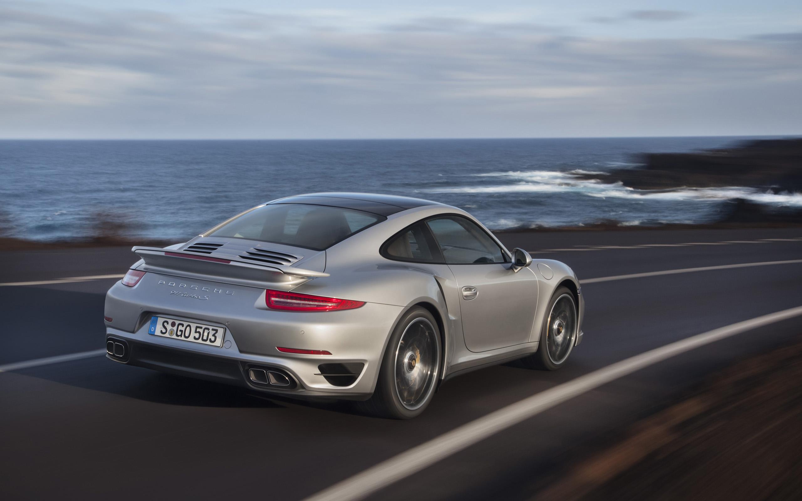 2013 Porsche 911 Turbo Motion Rear wallpapers 2013 Porsche 911 Turbo 2560x1600