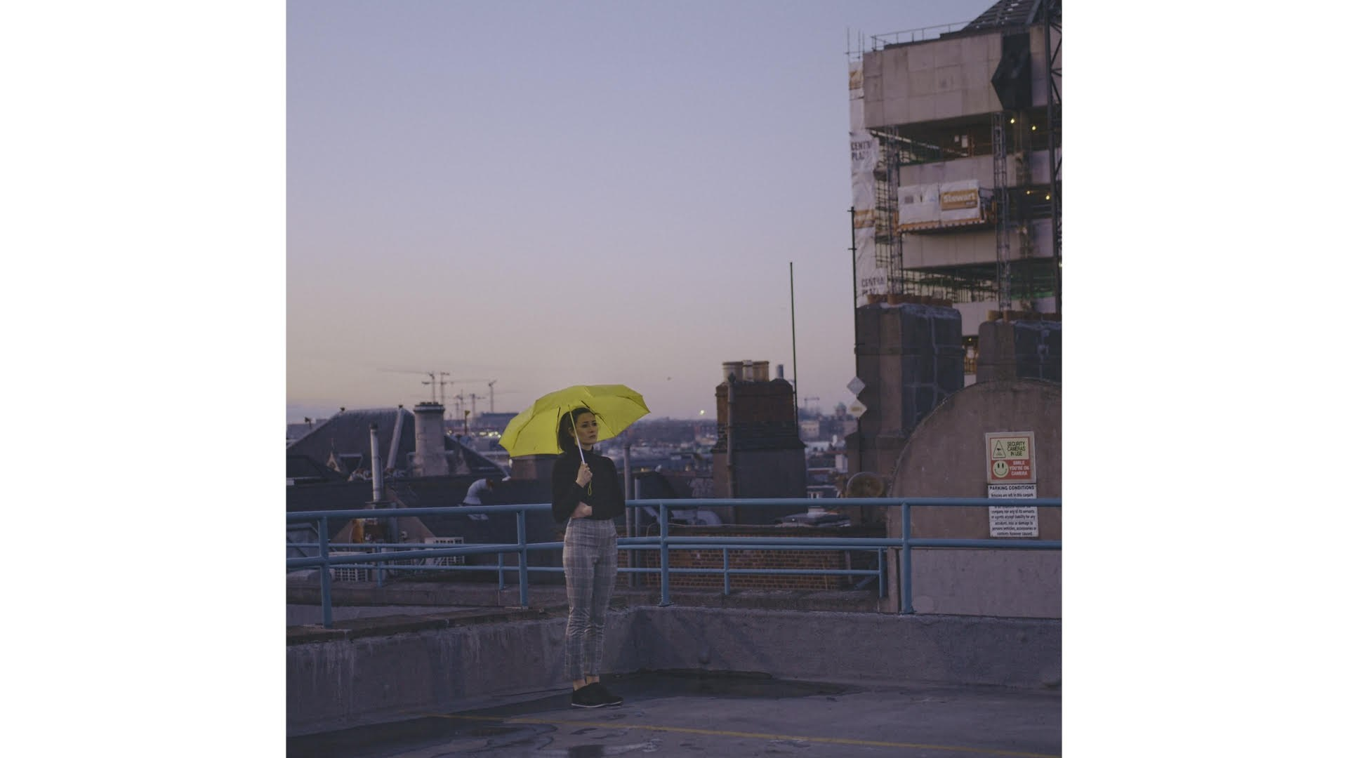 Premiere EHCO hone a sleek modernist aesthetic in video for 1920x1080
