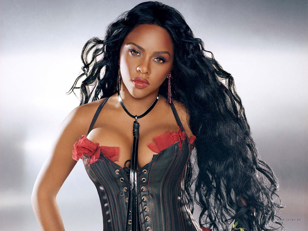 Tea Time w Noire Femme Lil Kim Lets It All Out Thoughts Of A 1024x768