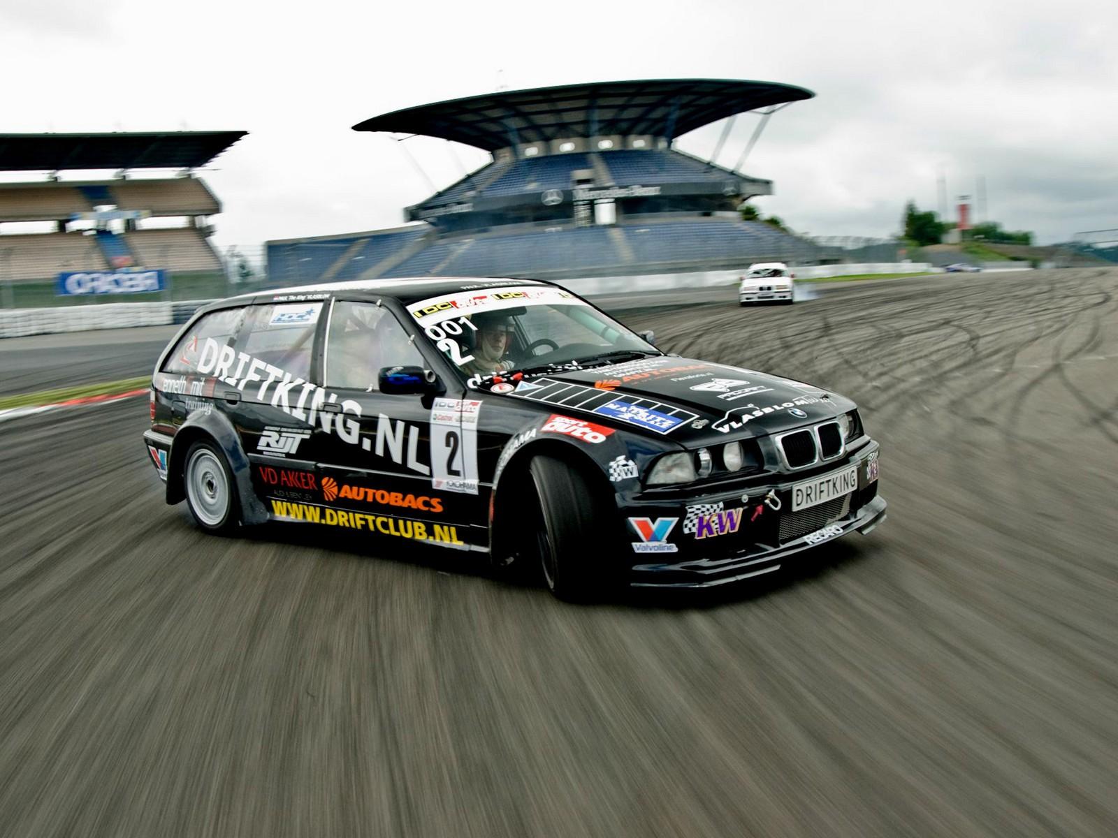Drift King BMW Wallpapers Drift King BMW Myspace Backgrounds Drift 1600x1200