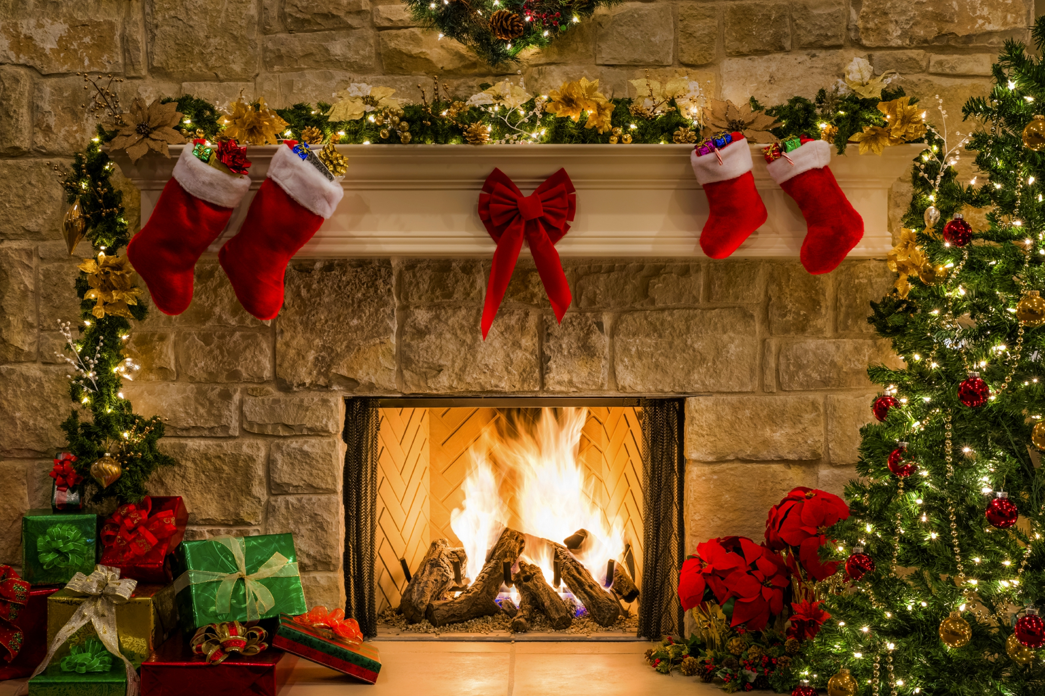 christmas happy new year boxes gifts holiday fireplace wallpapers 3400x2265