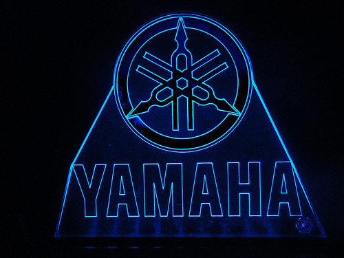 TeknoArtes   Displays Luminosos   Logo Yamaha   a photo on Flickriver 500x375