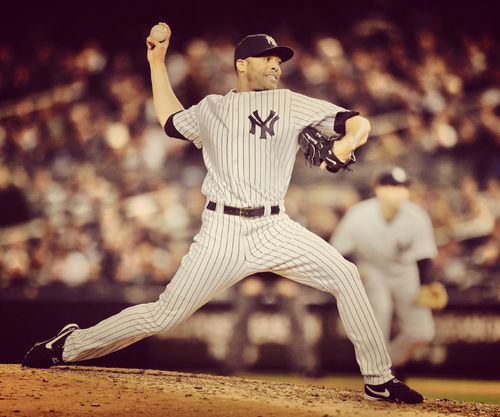 Mariano Rivera Pitches For The Yankees Wallpaper For Samsung Galaxy S