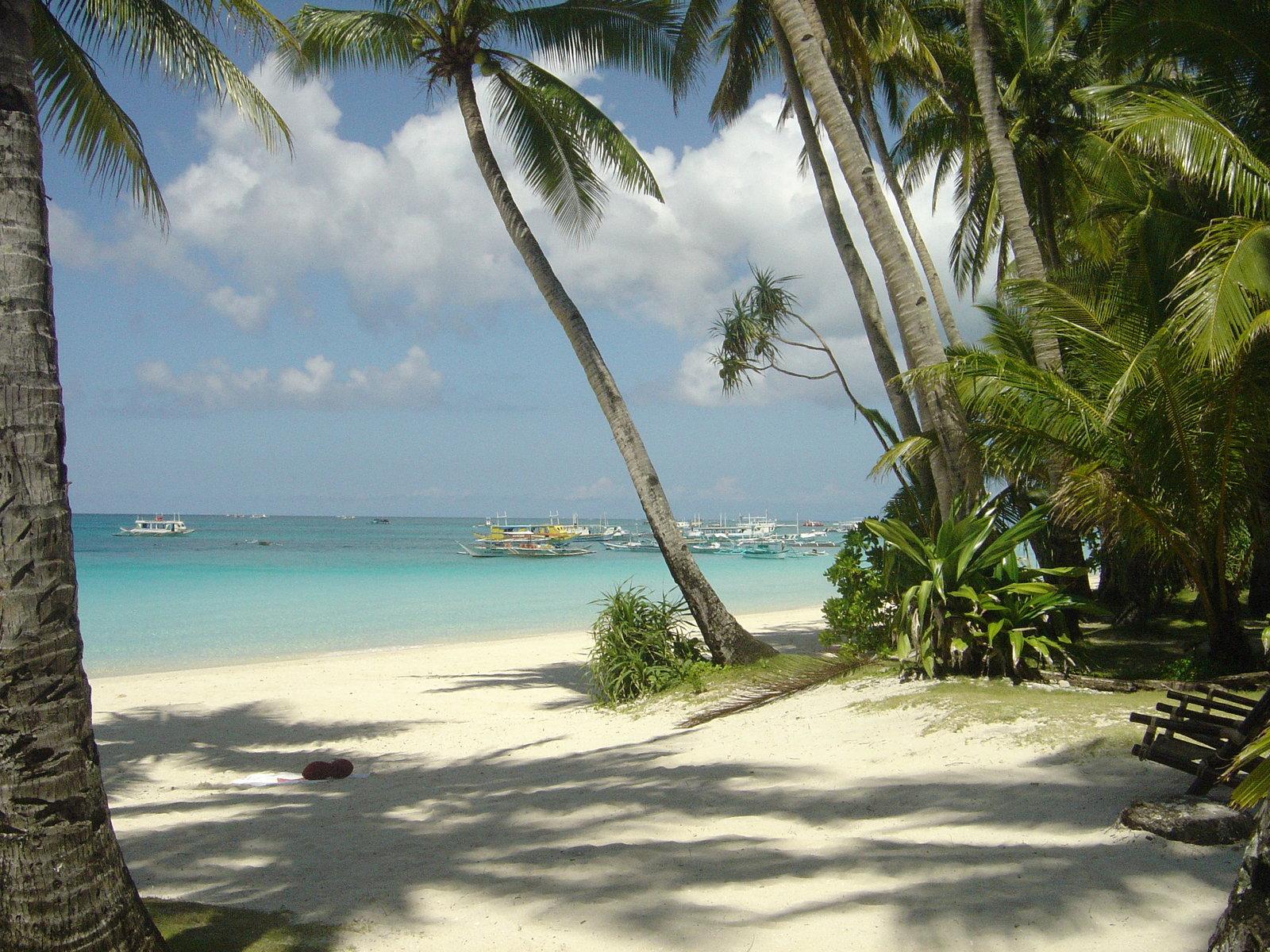 Boracay island white beach 1600x1200