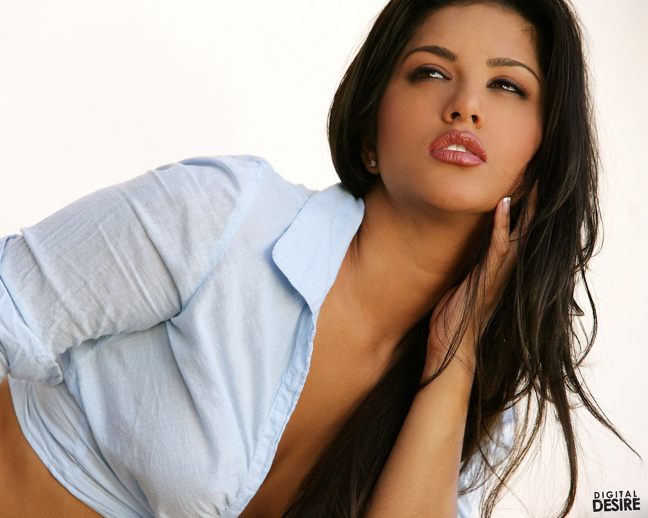 91 Sunny Leone Wallpapers On Wallpapersafari