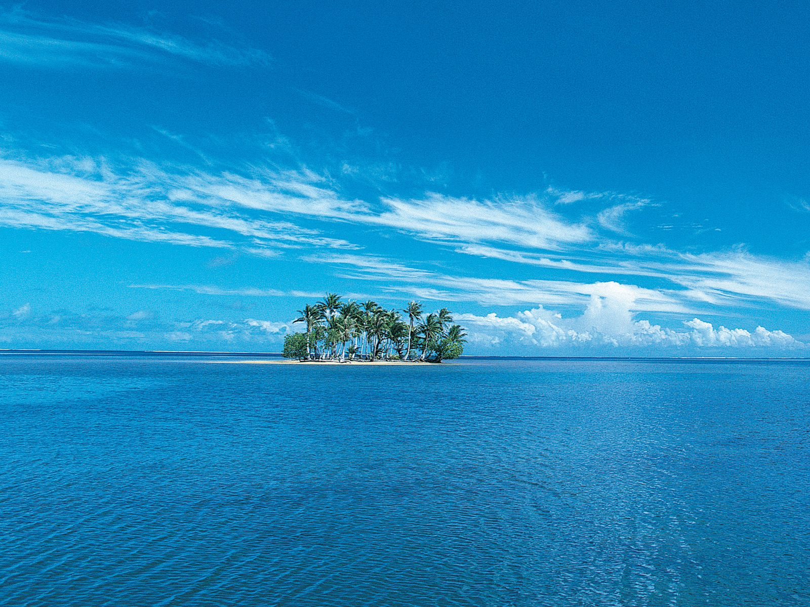 1600x1200 Isolated island desktop PC and Mac wallpaper 1600x1200