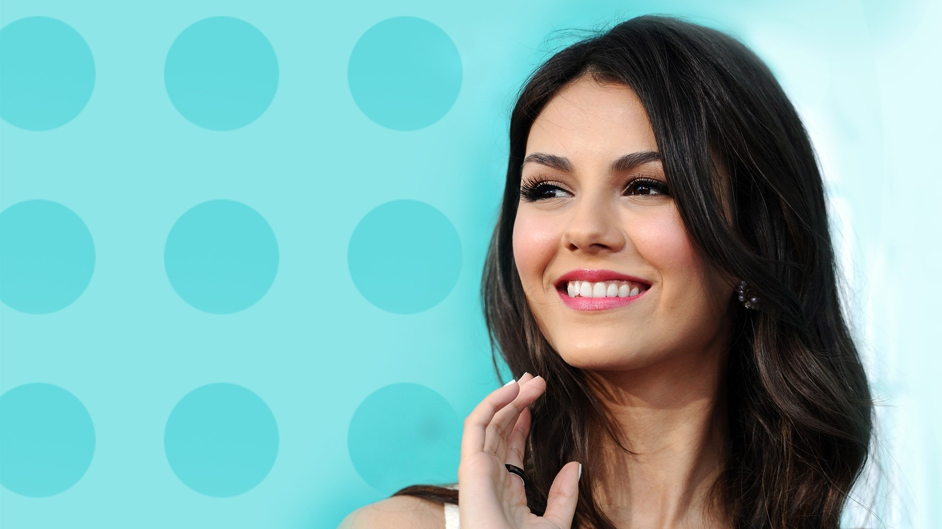 HD Wallpapers HD Wallpapers Victoria Justice Smile HD Wallpaper 1920x1080