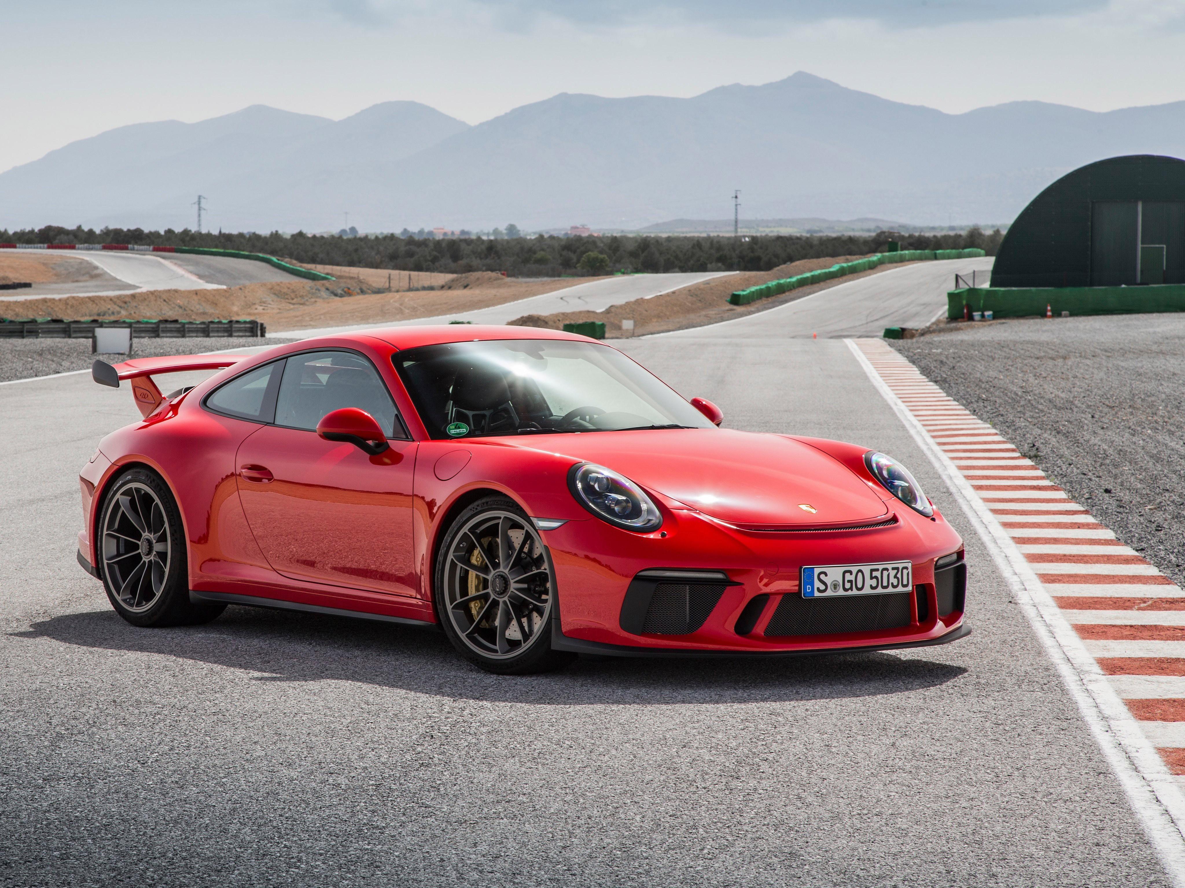 92 Porsche 911 GT3 HD Wallpapers Background Images 4096x3072