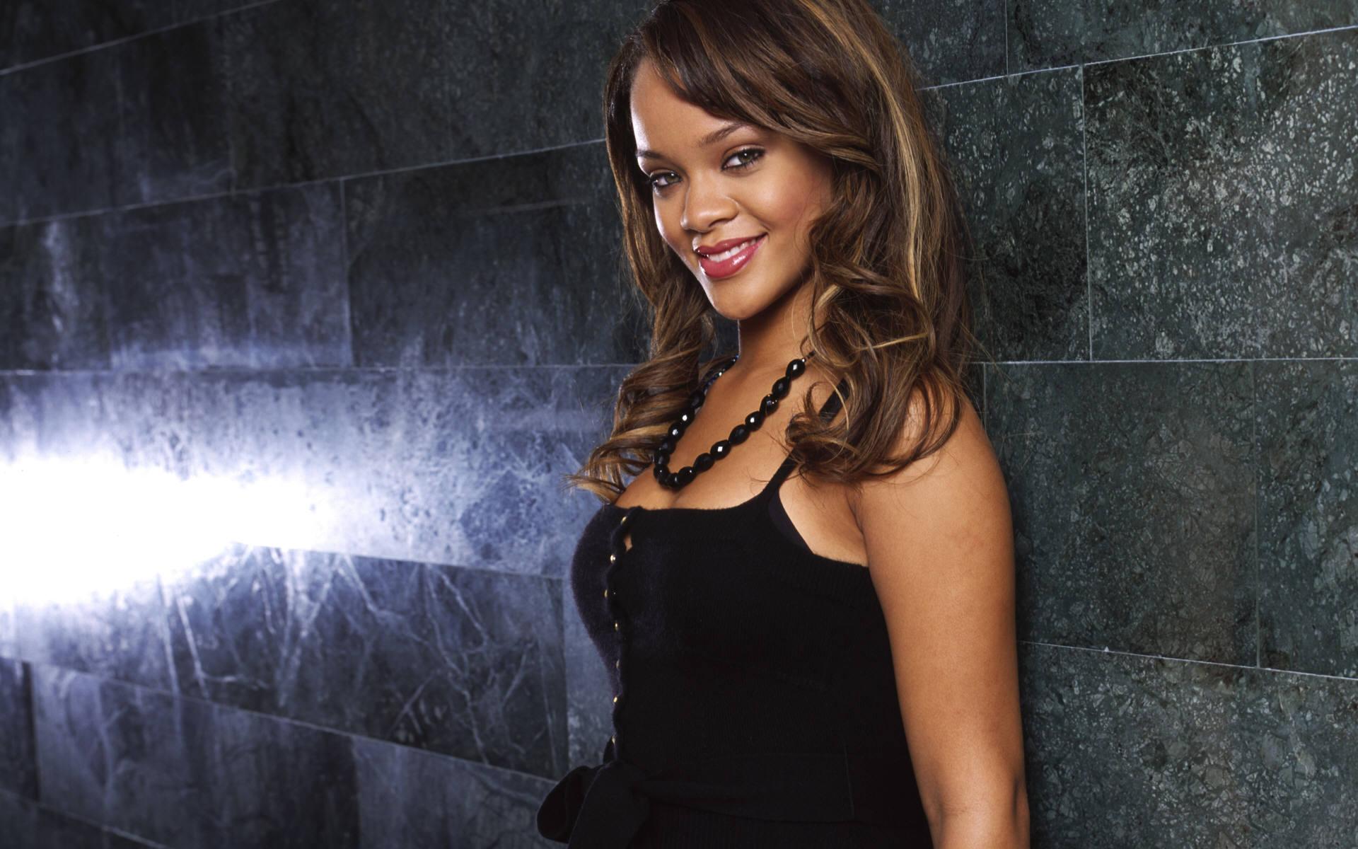 Rihanna Wallpaper 2012 55730 1920x1200
