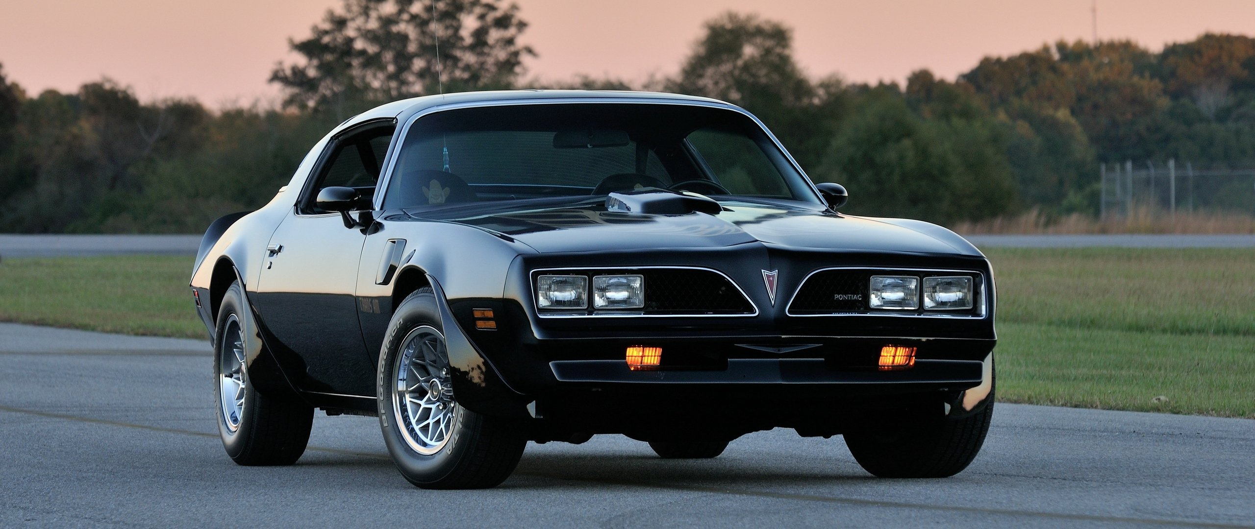 Download wallpaper 2560x1080 pontiac firebird trans am ws6 dual 2560x1080