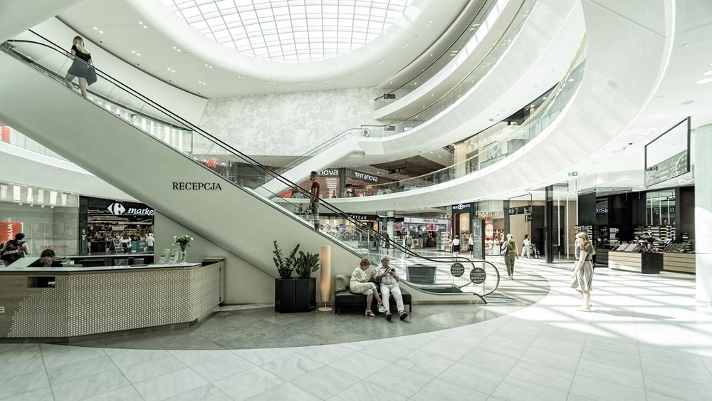 100 Mall Pictures Download Images on Unsplash 1000x563