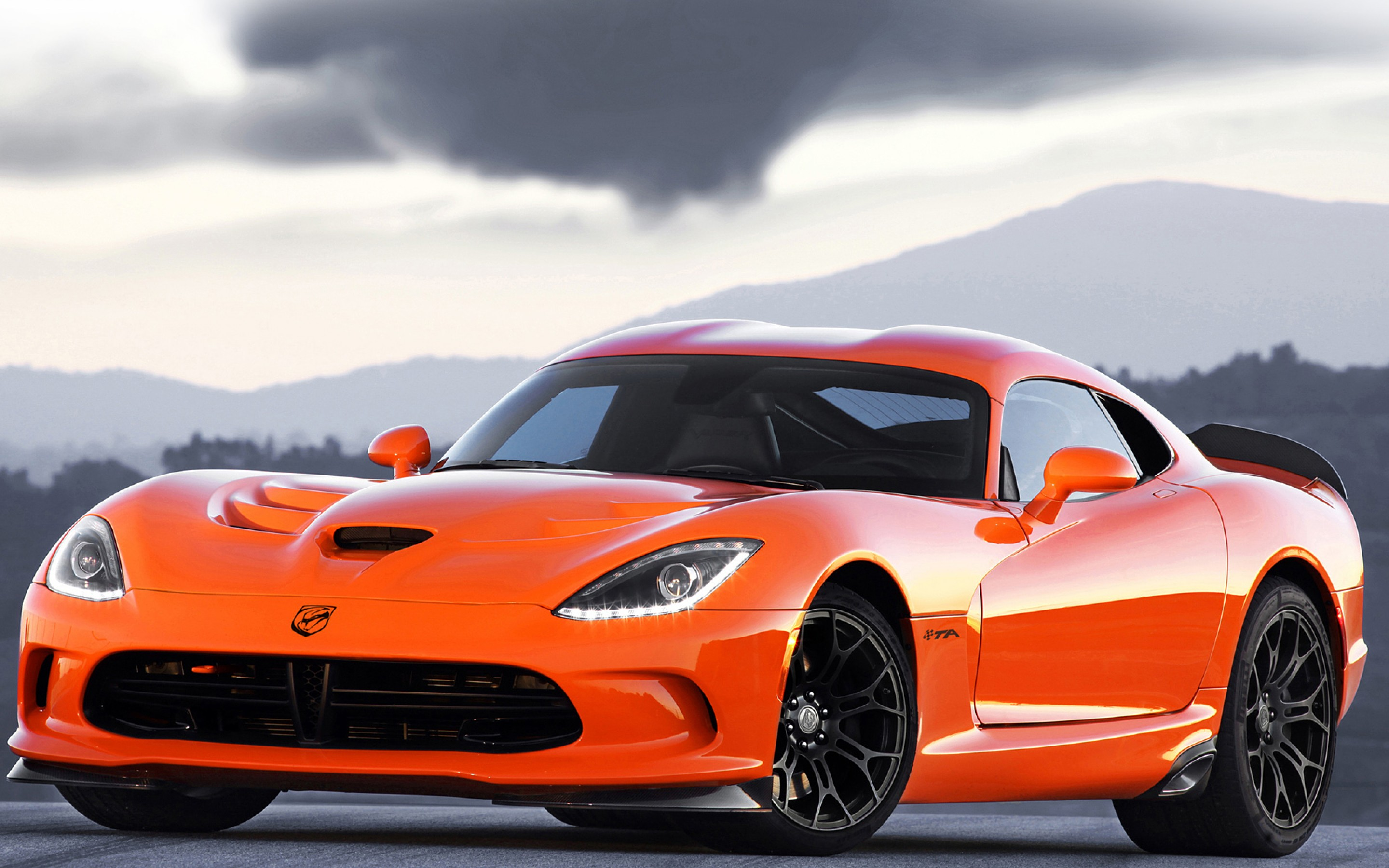 gt wallpaper wallpaper dodge viper and challenger Car Pictures 2880x1800