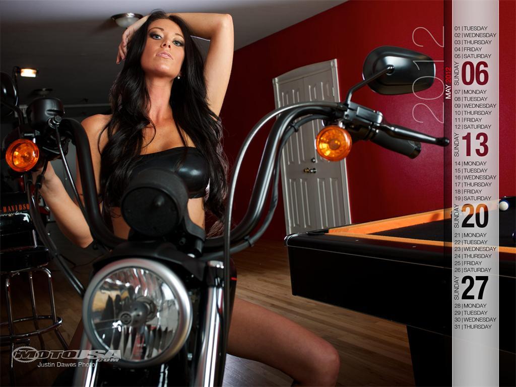 Pin Harley Davidson Calendar Girl Pin Up 1024x768