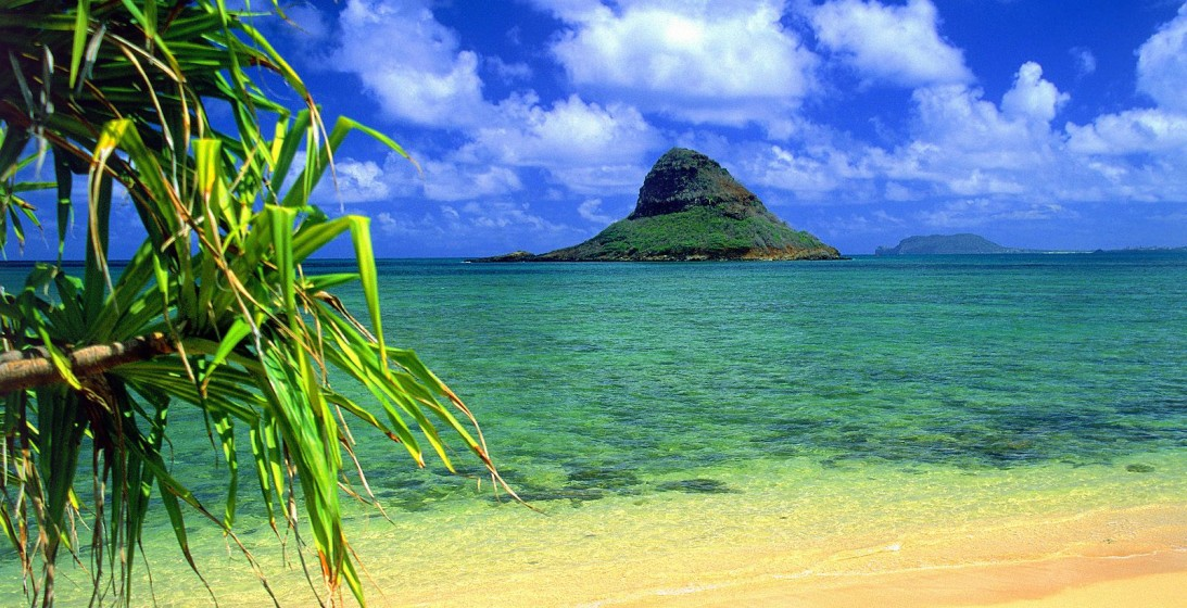 Chinaman S Hat Oahu Hawaii   Chinaman S Hat Oahu Hawaii Wallpaper 1093x560