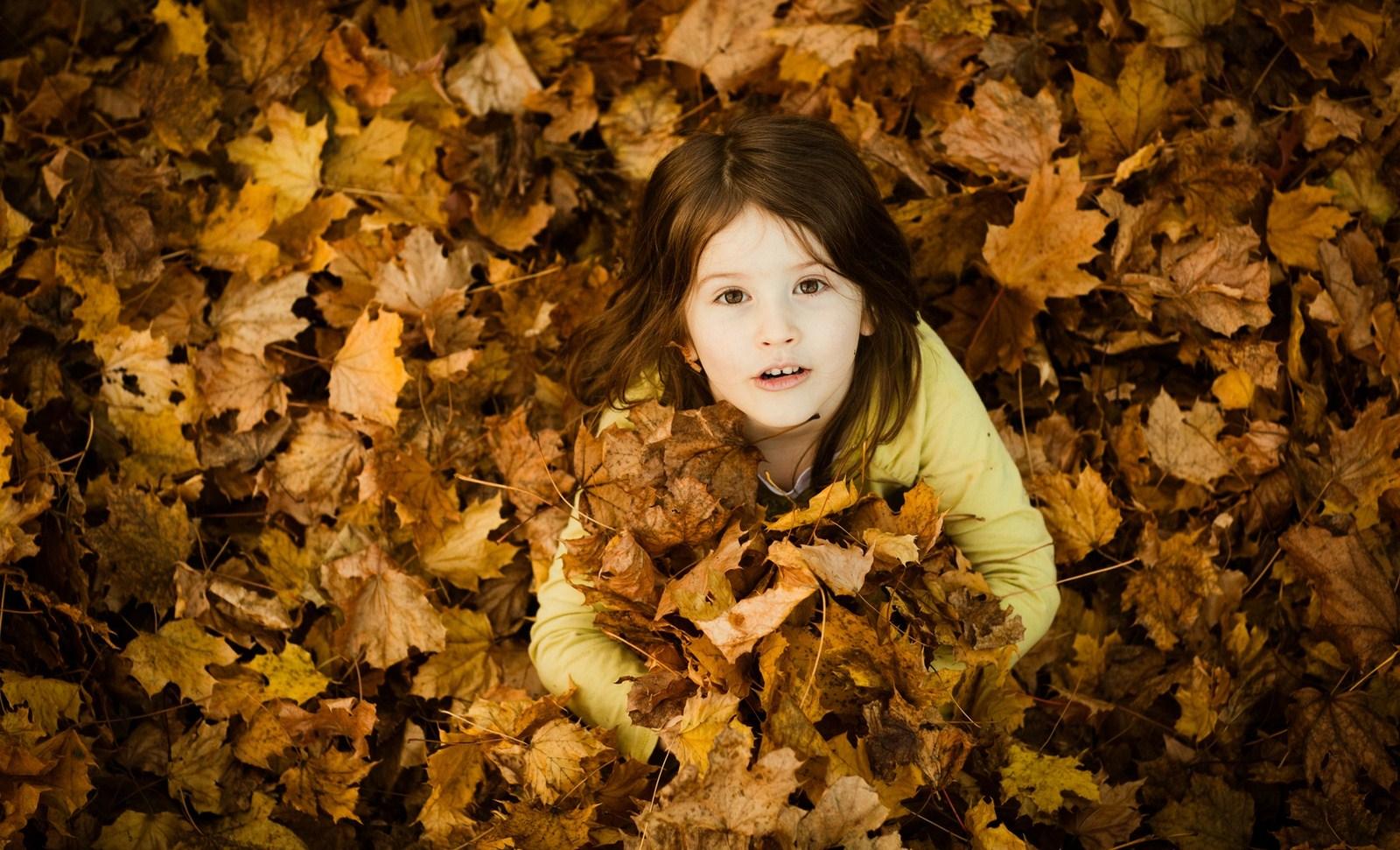 Children Girl Mood Leaves Smiling Autumn Yellow Hd Wallpaper 1600x971