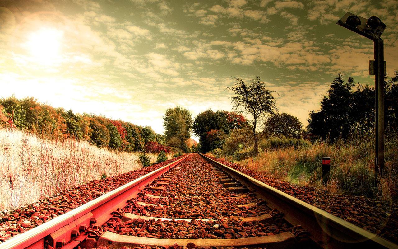 50 Railways Wallpapers On Wallpapersafari