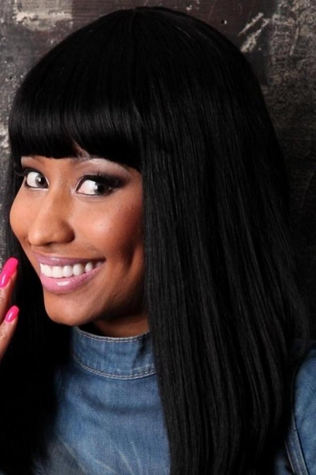 640x960 Nicki Minaj Smiling Iphone 4 wallpaper 640x960