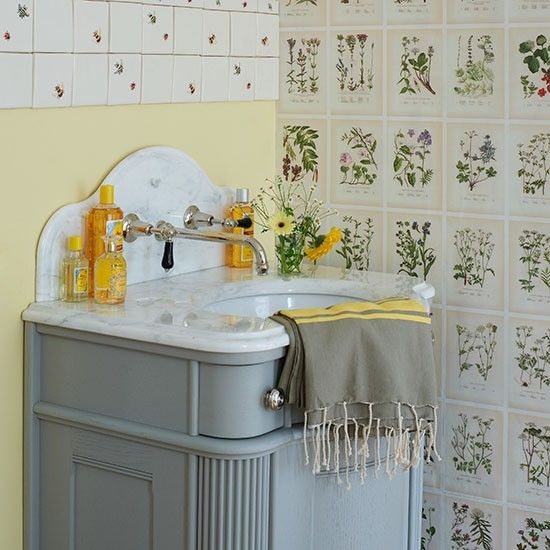 botanical wallpaper with a patchwork of bee tiles to create a bathroom 550x550