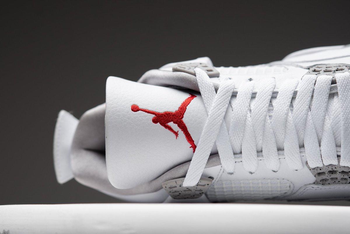 KicksOnFire on Twitter The Air Jordan 4 White Oreo drops this 1199x801