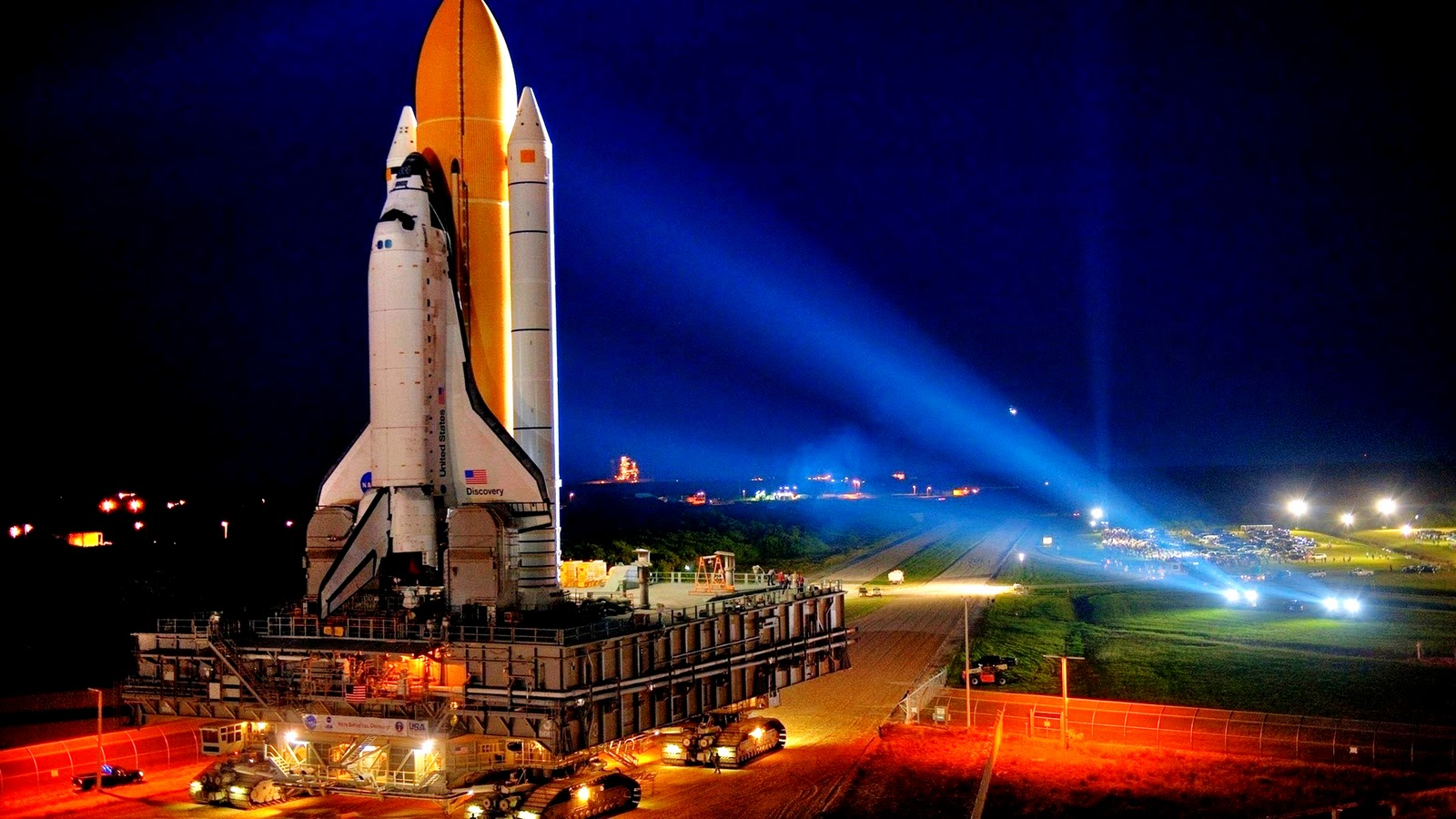 Discovery Space Shuttle HD Wallpaper