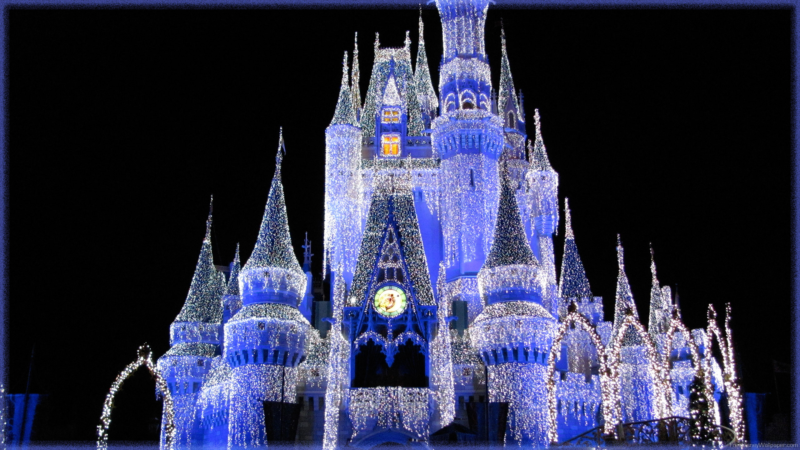 Disney Wallpaper Disney Wallpapers Cinderella Castle 2560x1440